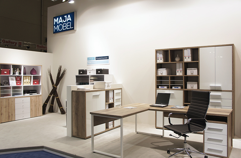 OPUS-Marketing-News-MAJA-MOEBEL-Messestand-Office