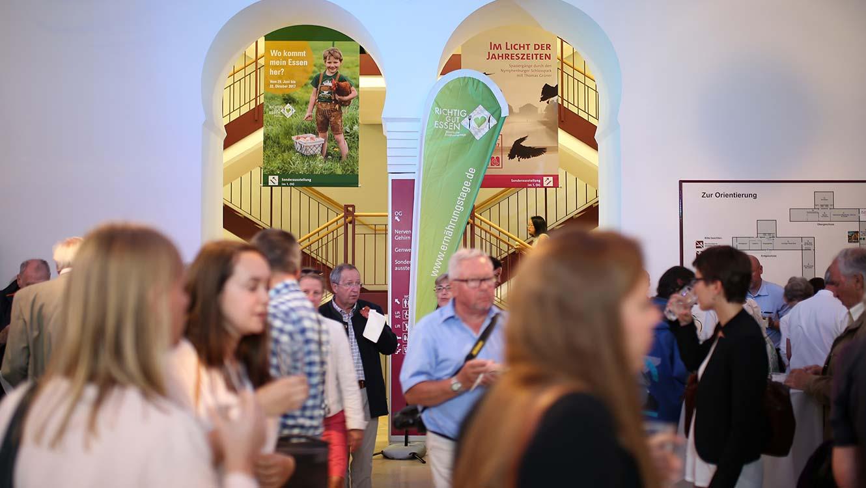 OPUS Marketing / Projekte / Ernährungstage / Ausstellung / Eingang