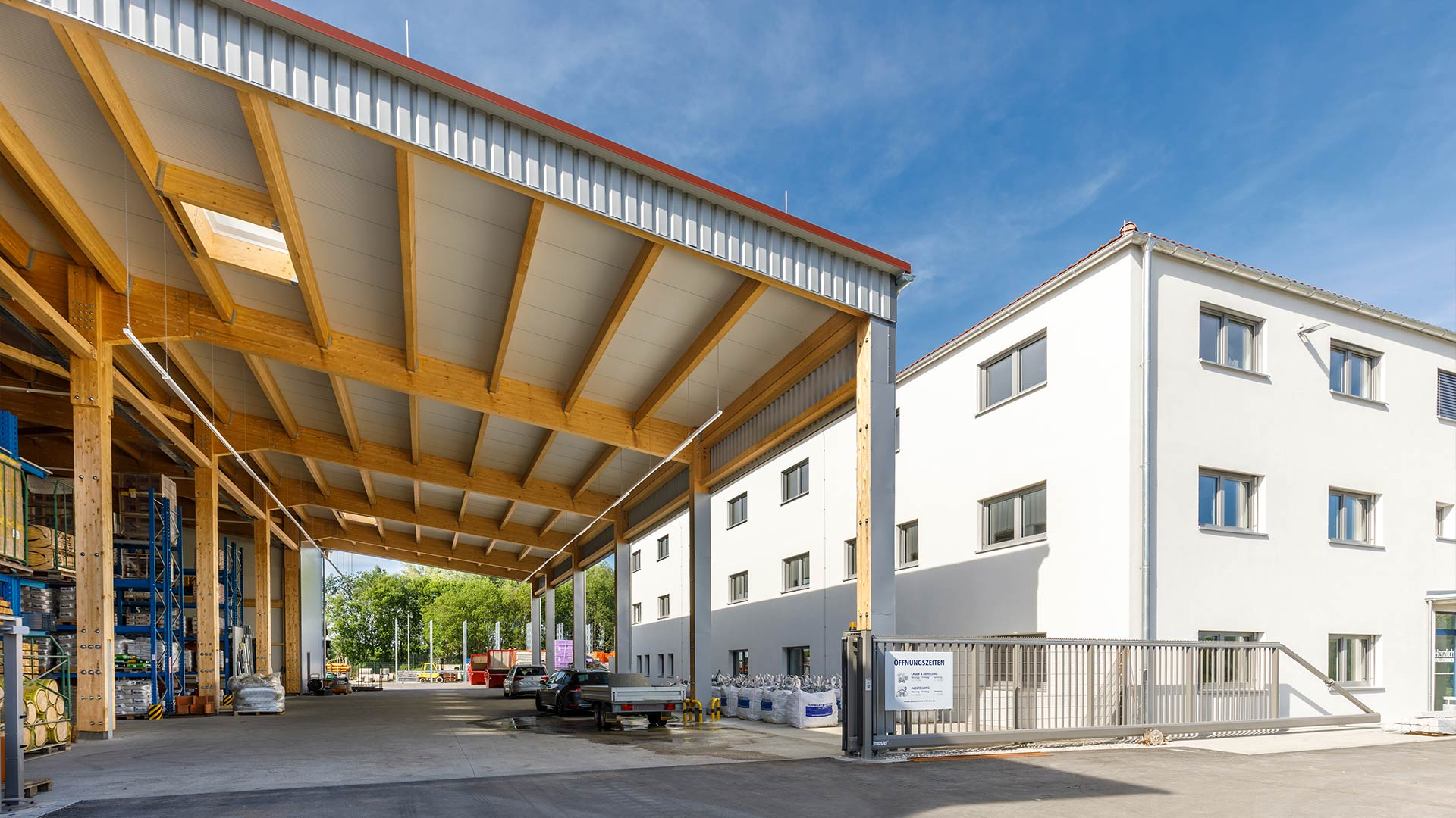 OPUS Marketing / Projekte / Schwarz und Sohn / Außenbereich Profikunden